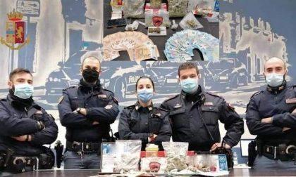 Dalla Brianza a Milano per spacciare: arrestato un 20enne, denunciato l'amico