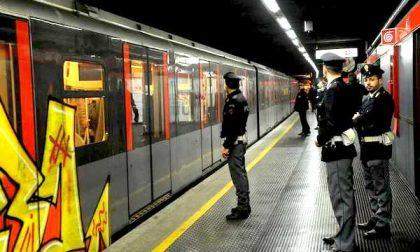 Rapina una farmacia e tenta di scappare in metro: arrestato