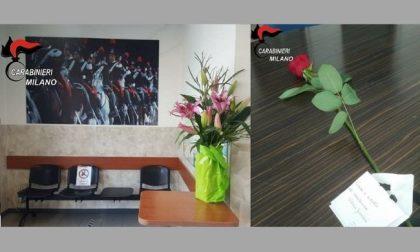 Cordoglio per il militare ucciso in Congo, fiori ai carabinieri di Milano e Cernusco