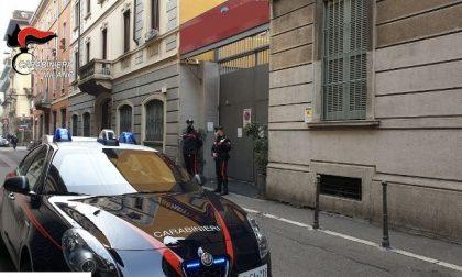 Aggressione fuori dal locale dove si svolge festa abusiva: dentro c'erano 29 persone