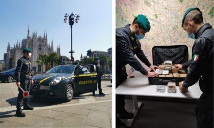 Quasi 25 chili di hashish nascosti in macchina: due arresti