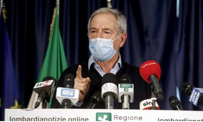 """Covid Lombardia, Bertolaso la spara: """"Tutta la Lombardia vaccinata entro giugno"""""""