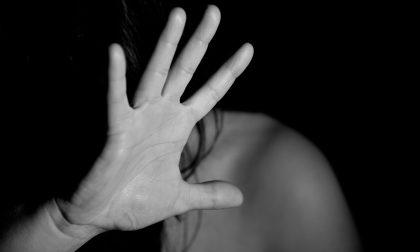 Filmano lo stupro di due minorenni e lo diffondono in rete, arrestati i tre violentatori
