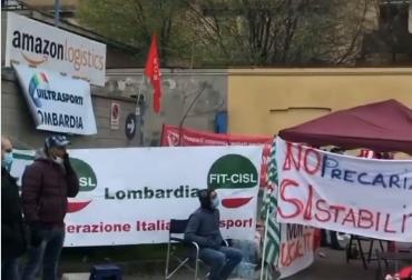 Sciopero nazionale dei dipendenti Amazon: manifestazione a Milano