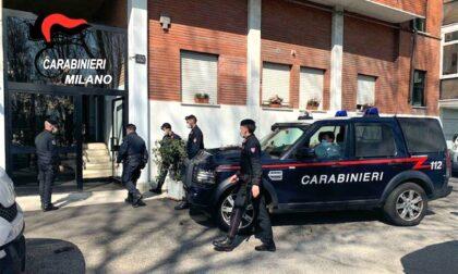 Droga nell'appartamento occupato abusivamente: 42enne arrestato dai carabinieri