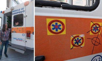 Croci celtiche sull'ambulanza dell'Unità Mobile Brigata Sanitaria