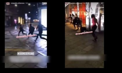 Rissa in centro, ragazzini ammassati, alcuni picchiano un coetaneo con calci e pugni