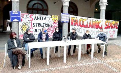 Piccolo Teatro di Milano occupato dai lavoratori del settore: le parole dei manifestanti