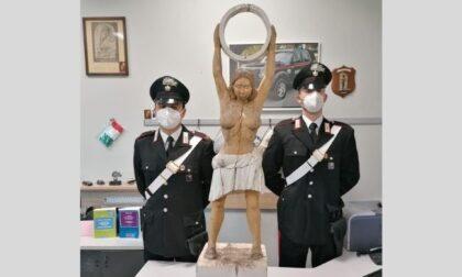 Ritrovata la statua di Madre Natura dell'artista Edi Sanna rubata