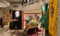 Il saluto a Milva, aperta la camera ardente al Teatro Strehler di Milano
