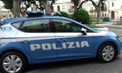 Duomo, tentata rapina: 27enne minacciata con un paio di forbici, due arresti