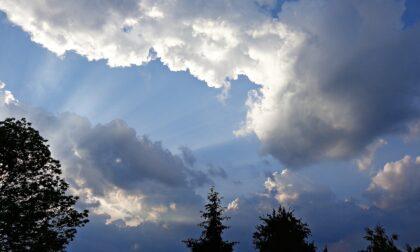 Giovedì nuvoloso con deboli piogge, poi torna il sole   Meteo Lombardia