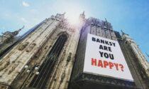"""""""Banksy are you happy?"""": il misterioso messaggio comparso sul Duomo"""