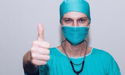 Regione avvia le verifiche sui medici non vaccinati, rischiano la sospensione