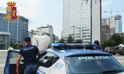 Ruba una valigetta e un portafoglio in Stazione Centrale: arrestato