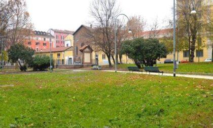 1000 firme per recintare i giardini contro il degrado alla Conca del Naviglio
