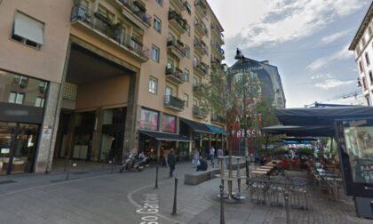 Esultano i residenti di corso Garibaldi: imposto alle 22 il divieto d'asporto e alle 24 la rimozione dei tavoli dei bar