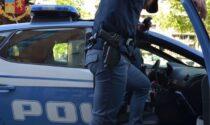 Scippa una donna disabile sull'autobus: 32enne arrestato