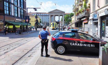 Movida turbolenta, bottiglie contro i Carabinieri: 12 sanzionati e 1 arresto