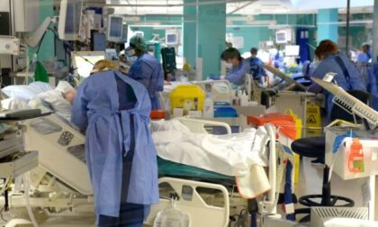Covid, nelle Terapie intensive lombarde meno di cento ricoverati