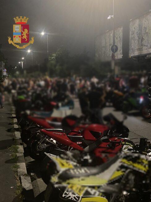 motociclisti assembrati multe San Siro