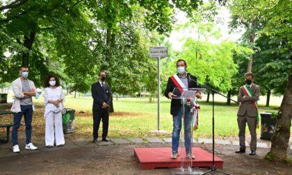Milano intitola alla giornalista Ilaria Alpi un giardino, le foto dell'inaugurazione