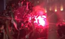 Bombe carta e petardi esplosi in Duomo per la festa Europei, 15 persone rimaste ferite