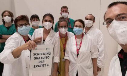A Palazzo delle Scintille col vaccino si fa anche un test gratuito contro l'epatite C