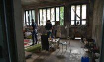 Sgomberata l'ex scuola abbandonata diventata rifugio per senzatetto