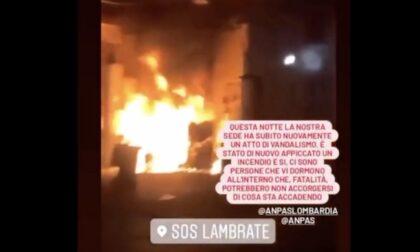 Diede fuoco alla sede di SOS Lambrate: arrestato piromane 32enne