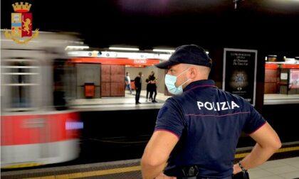 Metro vietata per 14 persone e altri 21 banditi da Milano: emessi daspo e Fogli di via