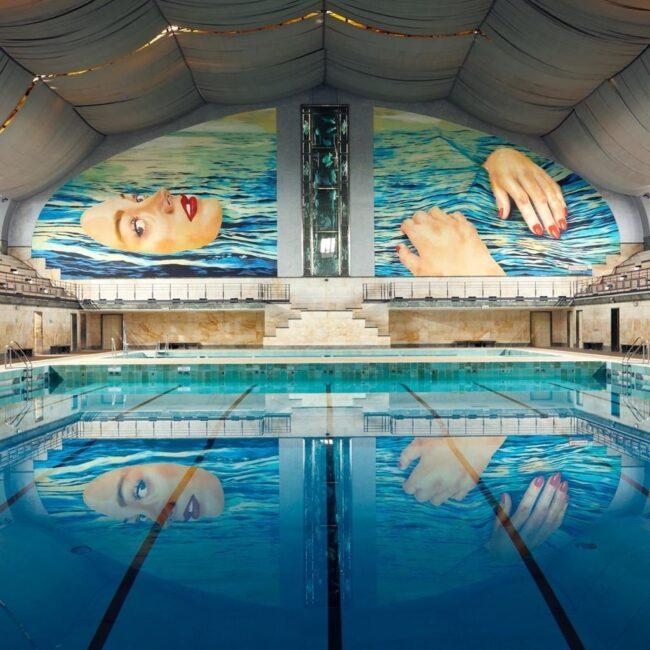 opera murale Cattelan piscina Cozzi